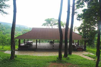 Aula-Eco-Edu-forest-sentul