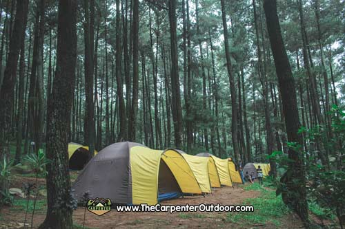 https://www.thecarpenteroutdoor.com/wp-content/uploads/2019/02/Camping-Perusahaan.jpg