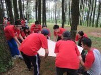 Fun game outbound team building anak sekolah