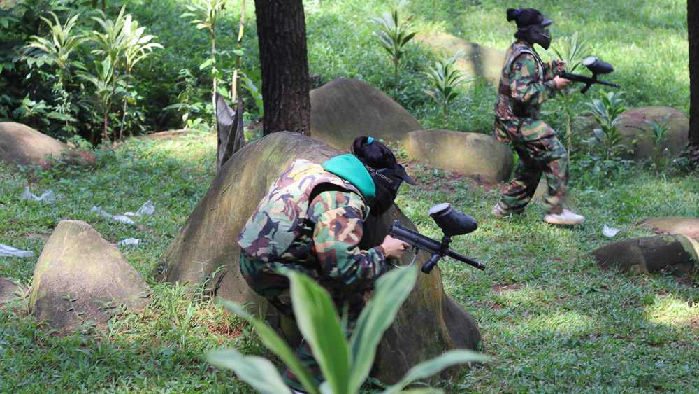 https://www.thecarpenteroutdoor.com/wp-content/uploads/2019/11/Paintball-Gunung-Pancar-Sentul-7.jpg